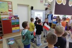 szkoła-do-hymnu001